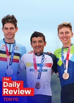 The Daily Review: Tour Stars Dominate